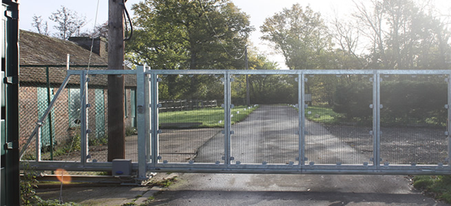 Perimeter security case study - industrial site: Laddingford Farm